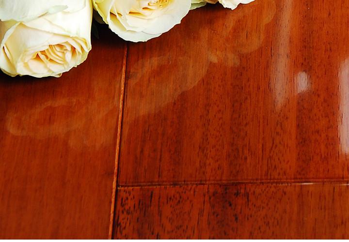新康宜 实木地板 摘亚木(柚木王)柚木色 亮光 宽板